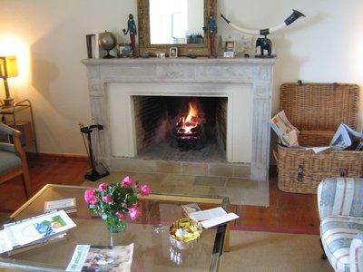offener kamin elegant moderner offener kamin auf moderne. Black Bedroom Furniture Sets. Home Design Ideas